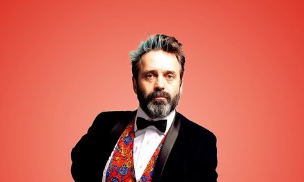 Acclaimed Comedian and Actor Tour